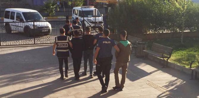 Kahta'da Uyuşturucu Satan 4 Kişi Tutuklandı