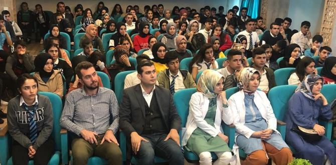Öğrencilere Kişisel Gelişim Semineri