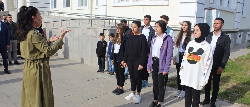 Kahta'da Öğretmenler Günü Kutlandı