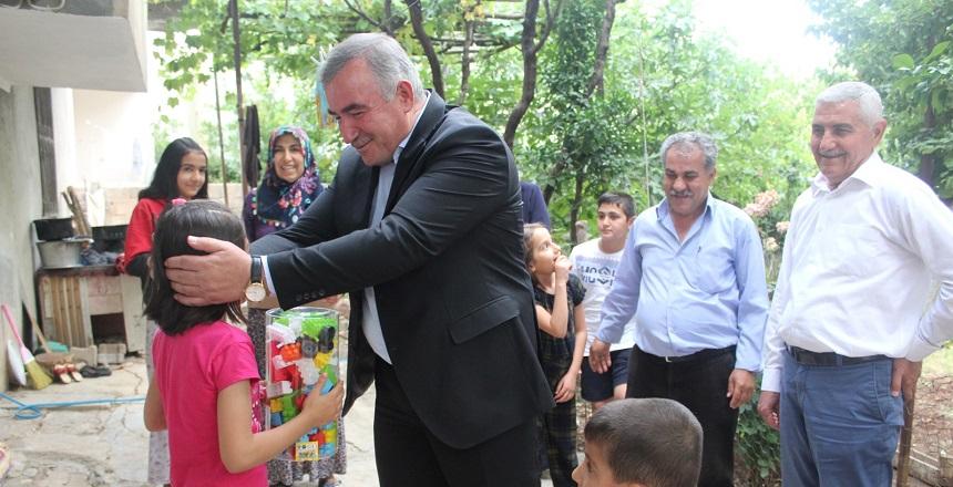 Başkan Turanlı'nın Çat Kapı Ziyaretleri Sürüyor